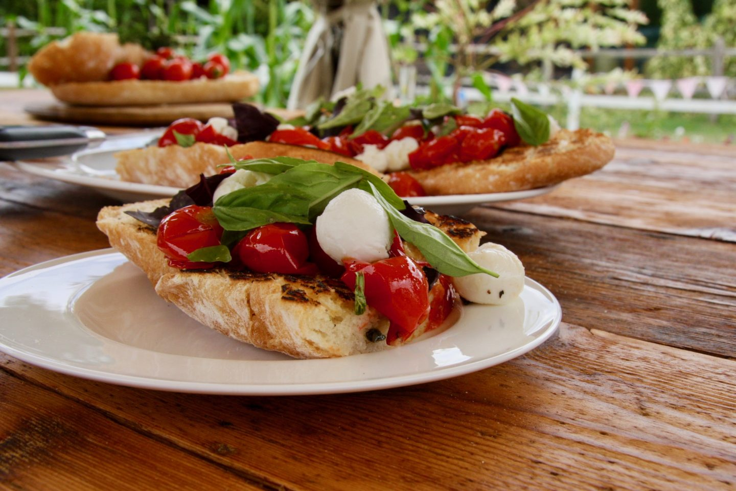 Tomato Bruschetta Recipe - Cherry Menlove