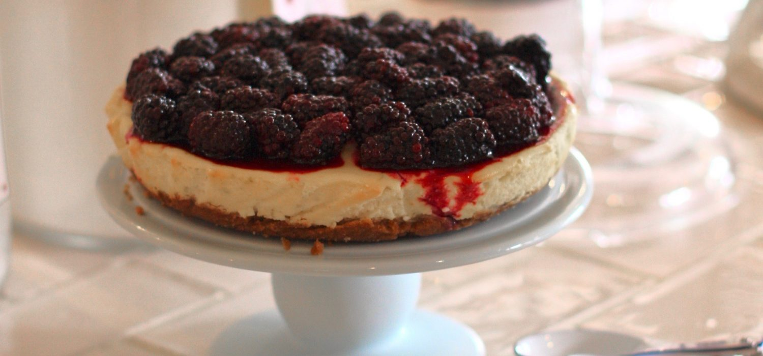 Lime & Blackberry Cheesecake - Cherry Menlove