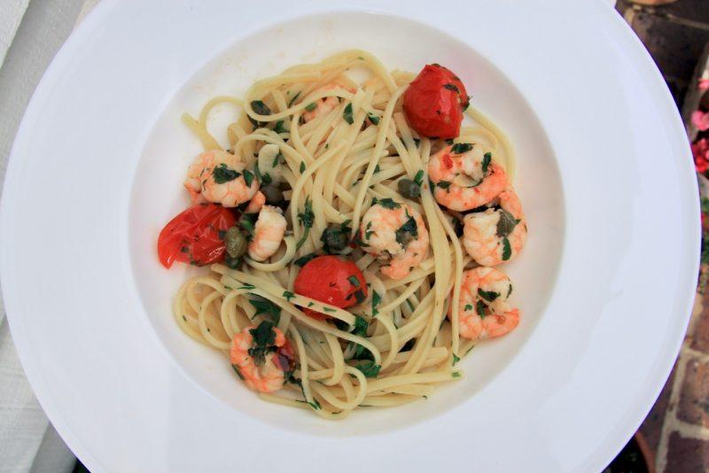 Linguine with Garlic Prawns & Caper Sauce 2 - cherry menlove